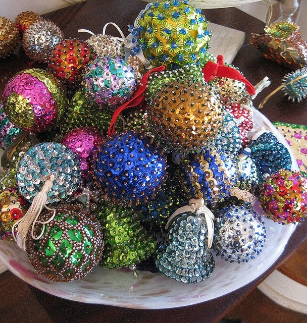 Vintage Pushpin beaded Ornaments Photo By MoxieGirl