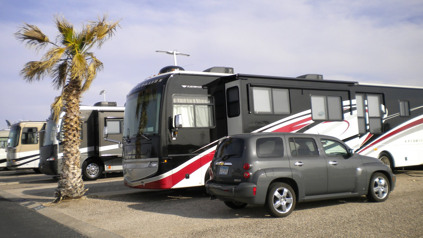2011 Excursion & HHR Tucson, AZ