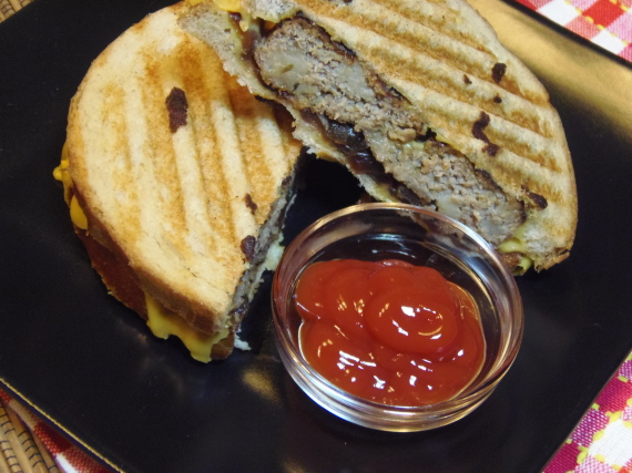 Kudos Kitchen By Renee ~ Turkey Patty Melt Recipe