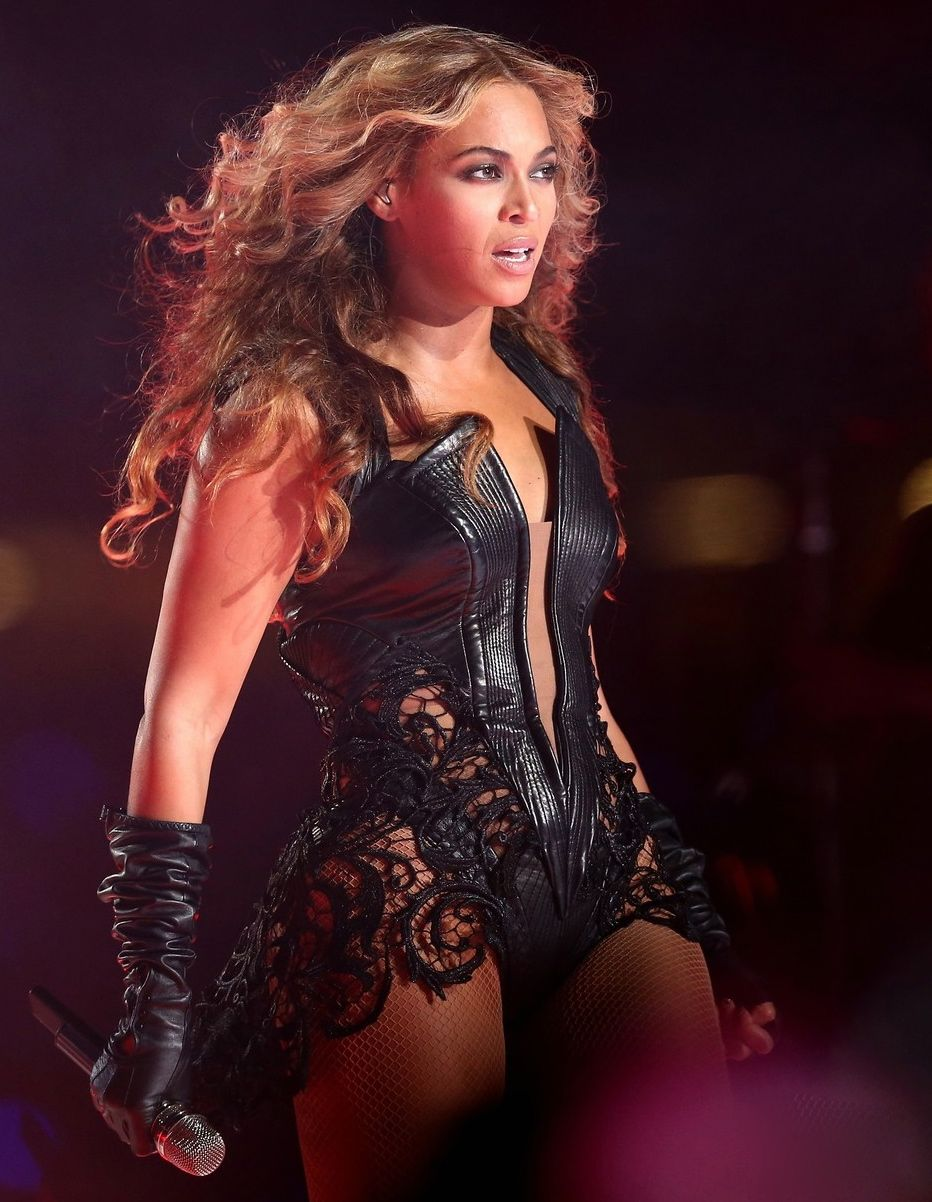 ... amazing was beyonce s super bowl performance last night she literally