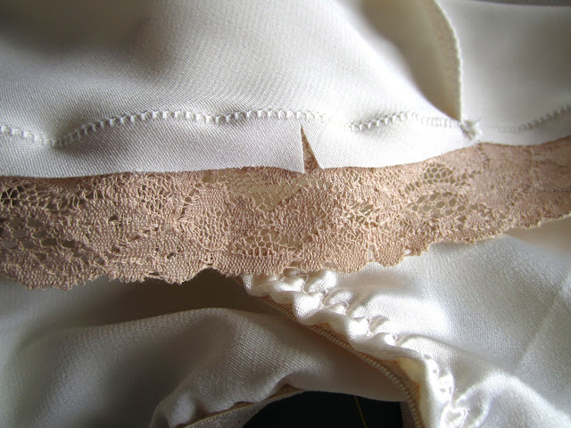 Sewing lace to underwear with an applique stitch