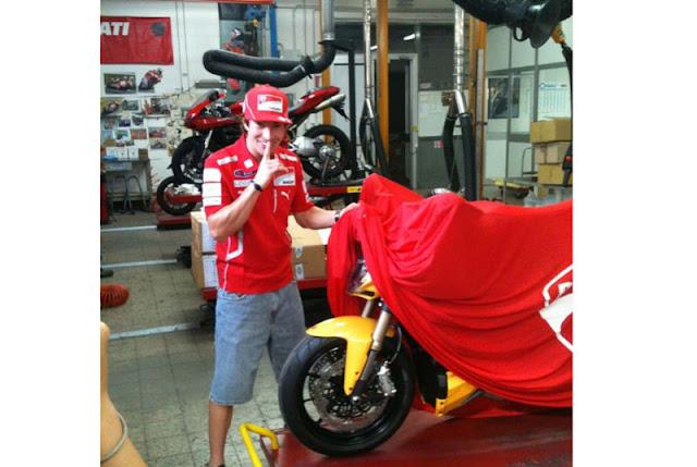 Ducati+Streetfighter+848+2012. title=
