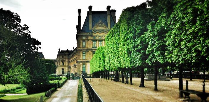 Palais du Louvre from Jardin des Tuileries