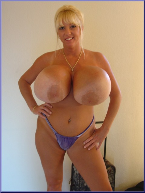 Big tit mature wife flashing