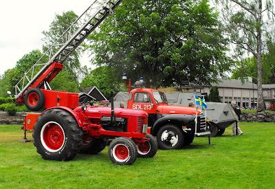 Traktor, gammal brandbil, pansarvagn, hässleholms militärmuseé,  Hässleholm, Sösdala, Sösdalaalliansen, Sösdaladagen, Sösdala dagen,