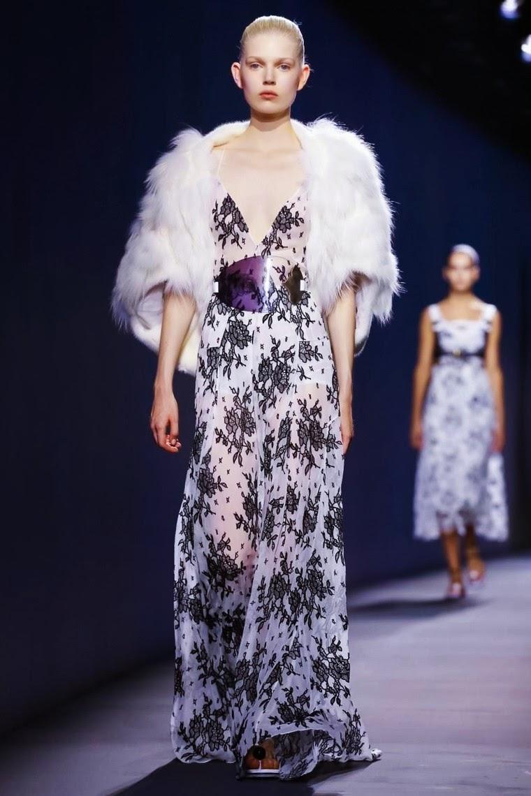 Vionnet spring summer 2015, Vionnet ss15, Vionnet, Vionnet ss15 pfw, Vionnet pfw, pfw, pfwss15, pfw2014, fashion week, paris fashion week, du dessin aux podiums, dudessinauxpodiums, vintage look, dress to impress, dress for less, boho, unique vintage, alloy clothing, venus clothing, la moda, spring trends, tendance, tendance de mode, blog de mode, fashion blog,  blog mode, mode paris, paris mode, fashion news, designer, fashion designer, moda in pelle, ross dress for less, fashion magazines, fashion blogs, mode a toi, revista de moda, vintage, vintage definition, vintage retro, top fashion, suits online, blog de moda, blog moda, ropa, asos dresses, blogs de moda, dresses, tunique femme,  vetements femmes, fashion tops, womens fashions, vetement tendance, fashion dresses, ladies clothes, robes de soiree, robe bustier, robe sexy, sexy dress