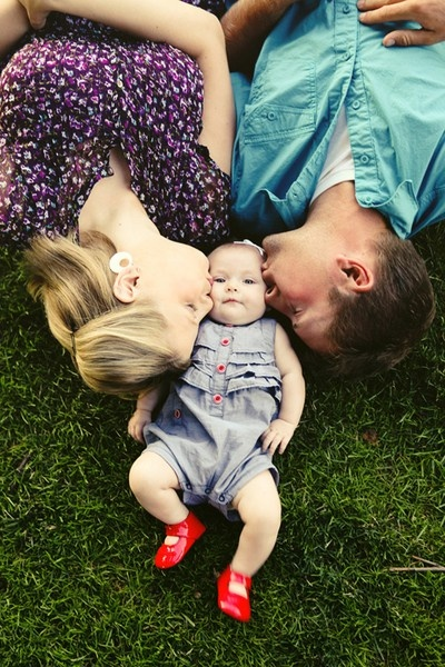 10 creative photo ideas for capturing baby and familyFamily Photo Ideas With Baby