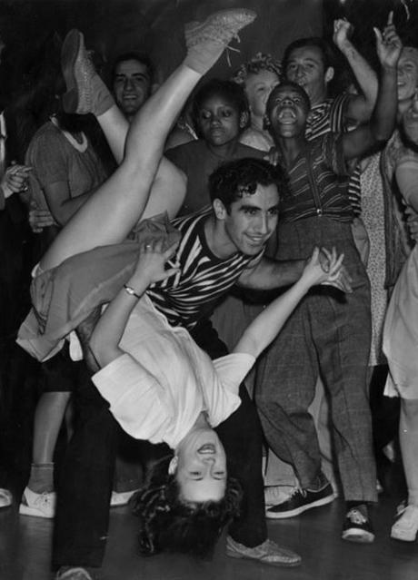 Lindy Hop Dancing #vintage #swing #dance #1940s #1950s