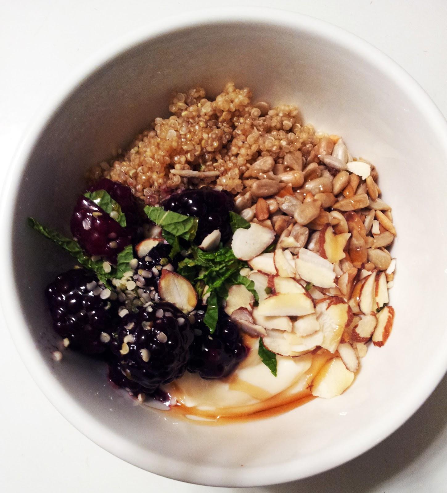 quinoa+breakfast+bowl.jpg