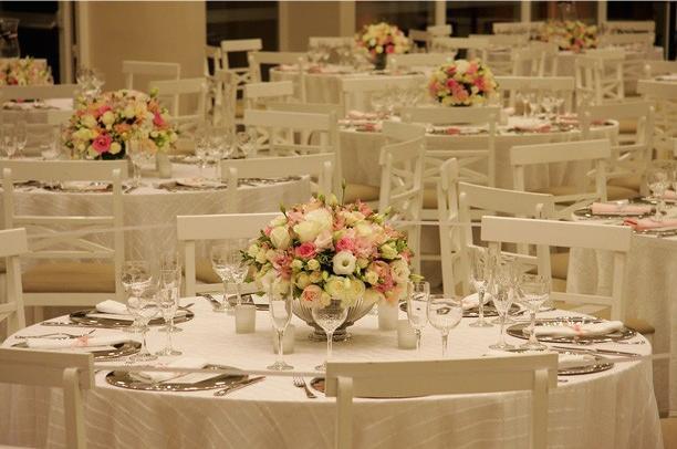 decoracao branca e dourada para casamento : decoracao branca e dourada para casamento:Una Vita Cerimonial: Decoração Branco, Rosa e Preto