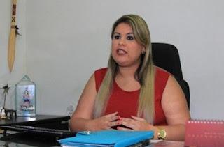 Juiz arquiva ação contra Mellina Freitas por falta do endereço da ex-prefeita