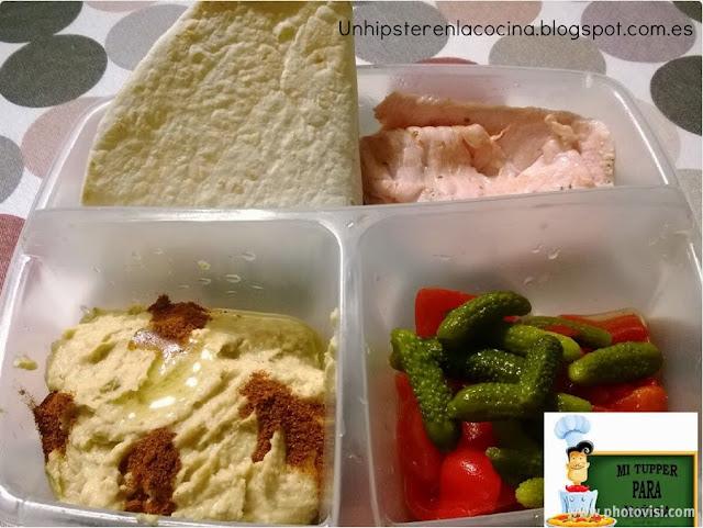 Hummus y pavo adobado
