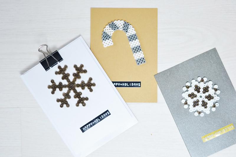 Hama perler beads, strijkkralen, christmas cards, diy, xmas, minimal, hema labelmaker, lettertang, action kerstkaarten