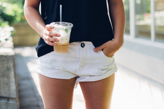 One Teaspoon white bandit shorts via Shopbop on Canadian personal style and fashion blogger, In My Dreams.