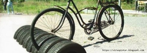 Dari ban bekas kita bisa membuat Dudukan Sepeda