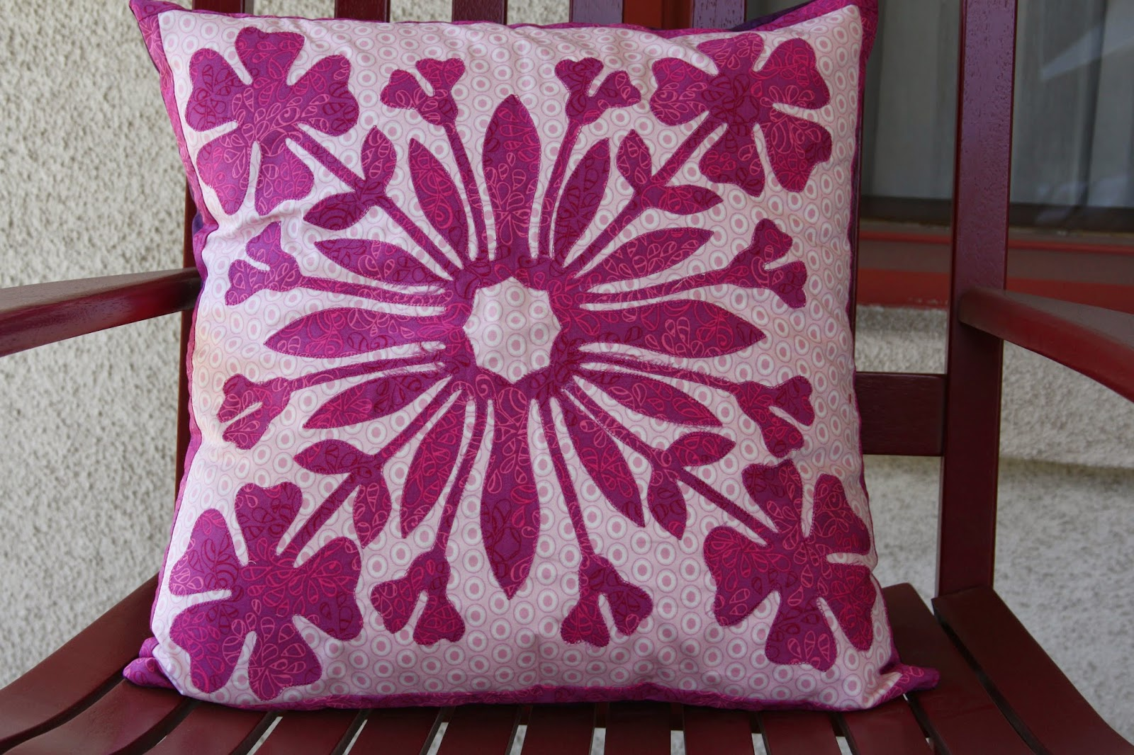 http://www.lovequilting.com/shop/kits/hawaiian-hula-flower/