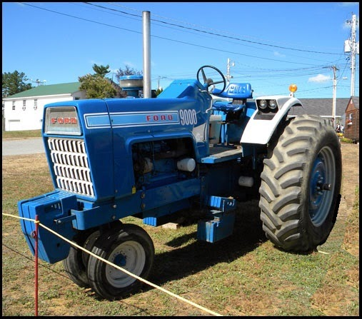 Ford Pulling Tractors : Ford tractor pulling