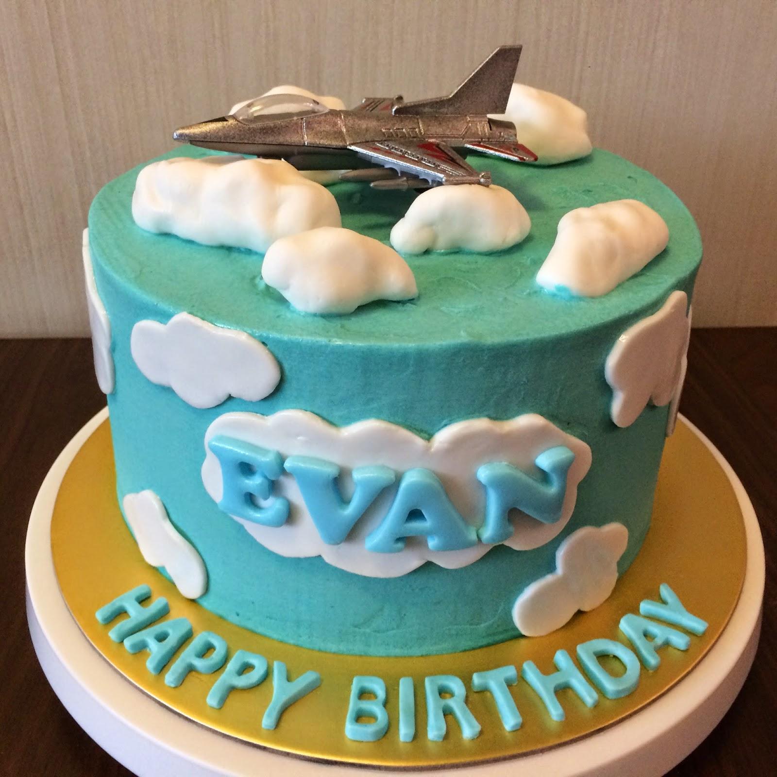 Fighter Jet Birthday Cake Crissas Cake Corner
