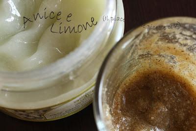 peeling mandorle e olio di oliva