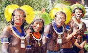 """. poderiam ser testemunhas d'Aquele que disse:""""estou entre vós como quem . (kaiapos)"""