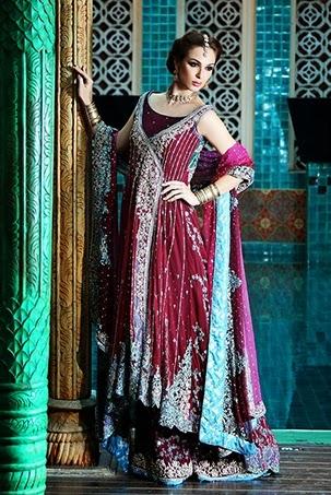Chic Evening Wear Designs