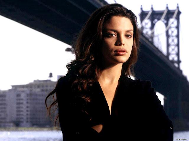 Vanessa Ferlito face