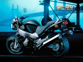 #16 Sport Bike Wallpaper