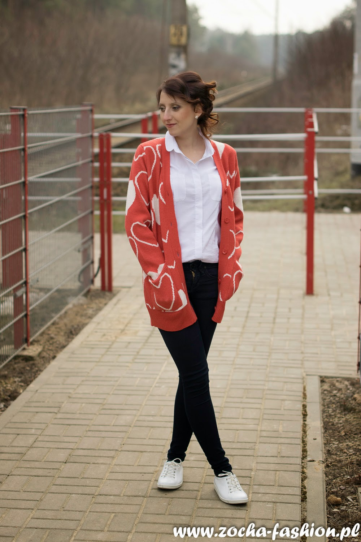 http://www.zocha-fashion.pl/2015/02/serca-biaa-koszula-i-trampki-w.html