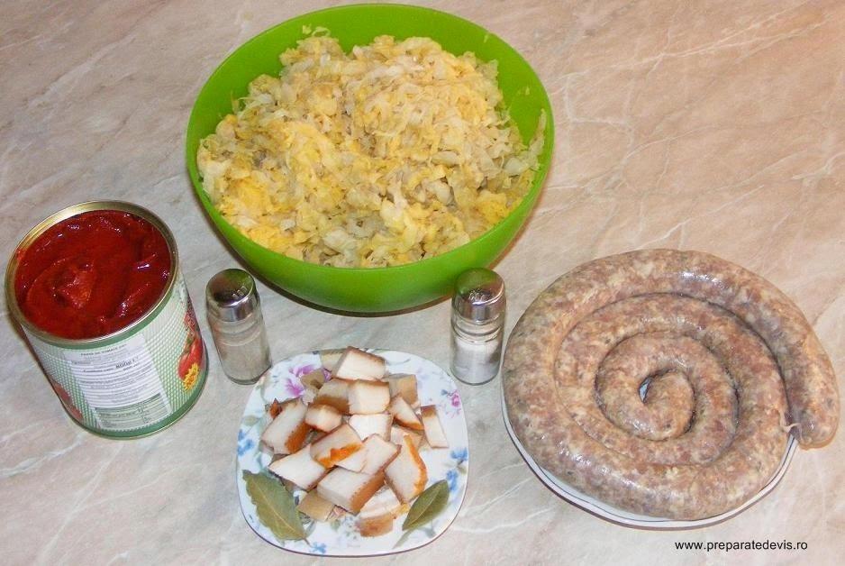 retete si preparate culinare ingrediente mancare de varza murata cu carnati