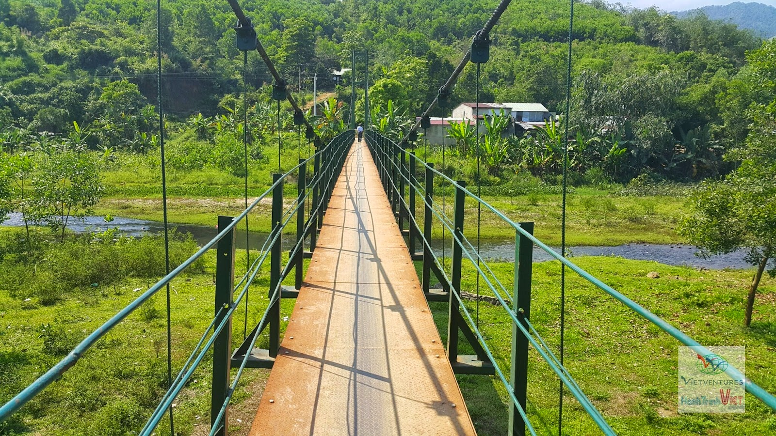 Tham quan thôn Tà Vạc, Huyện Đông Giang, Quảng Nam
