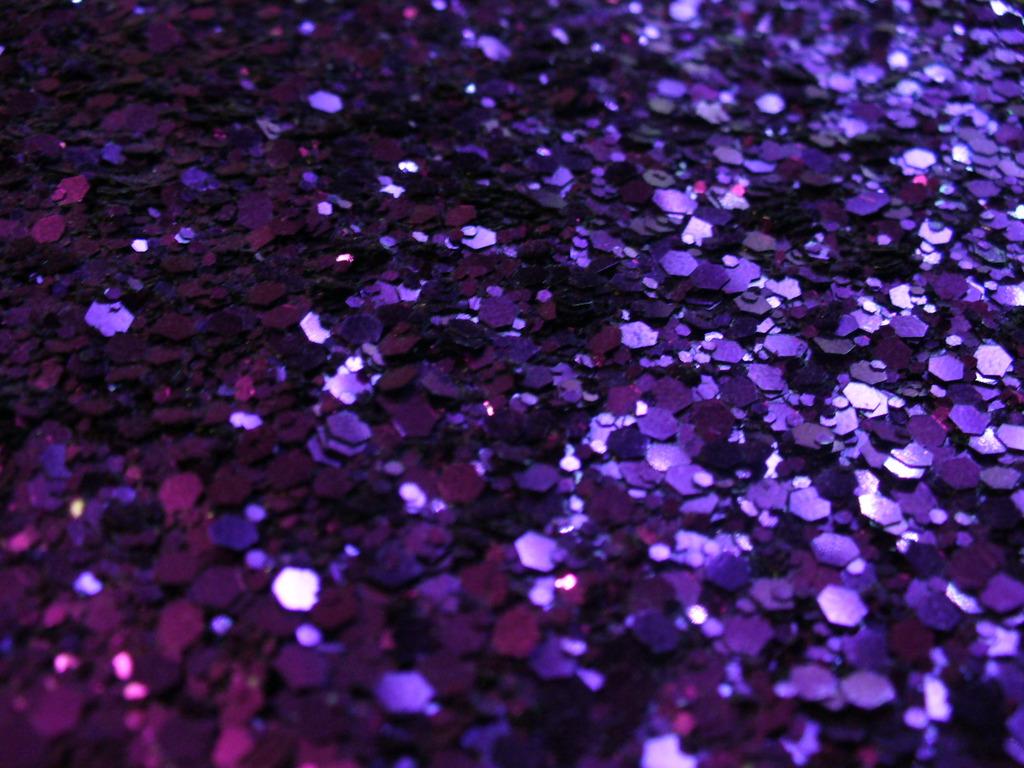 http://1.bp.blogspot.com/-RMKCyf5H1ys/Tzsi_Rl7ODI/AAAAAAAAAVs/WNrXOIUhusU/s1600/Textured_Glitter_Wallpaper_me90.jpg