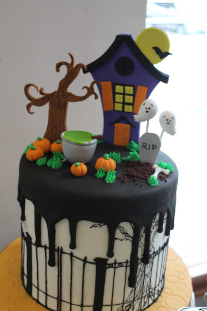 cakeshop by sonja spooky edition