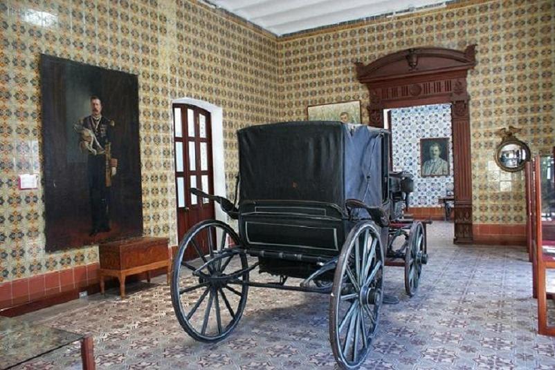Tabasco cultura museos de villahermosa permanecer n for La casa de los azulejos leyenda