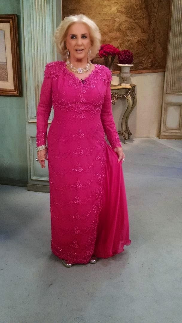 Tumanas Style Blog: Mirtha Legrand con Valeria Mazza, Cecilia Roth ...