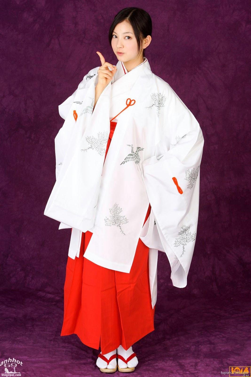 maari-nakashima_1-110F5105505