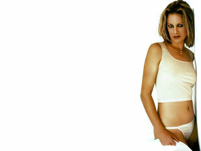 Hot Actress Alison Eastwood Bikini Wallpaper