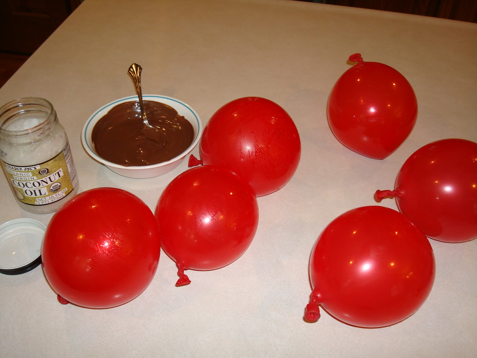 Balloon Chocolate Pudding Cups