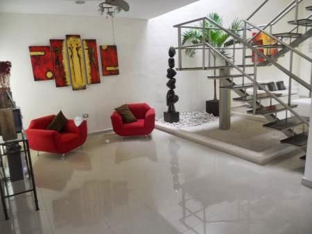 decoracion sala en rojo moderna y minimalista