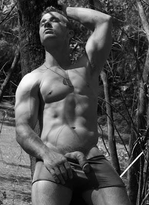 Derrick Davenport outdoor
