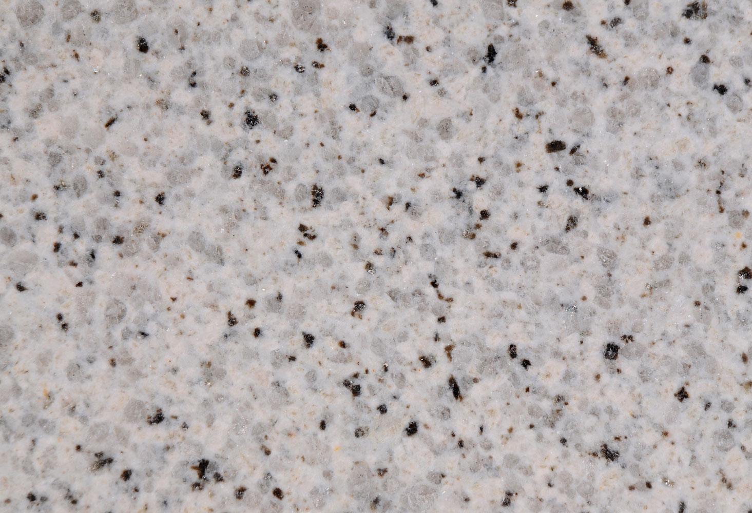 Também procurei por uma pedra para a lareira. Optei pela pedra  #5F4B41 1465x1000 Banheiro Com Granito Branco Ceara