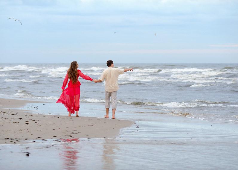 romantiška fotosesija prie jūros