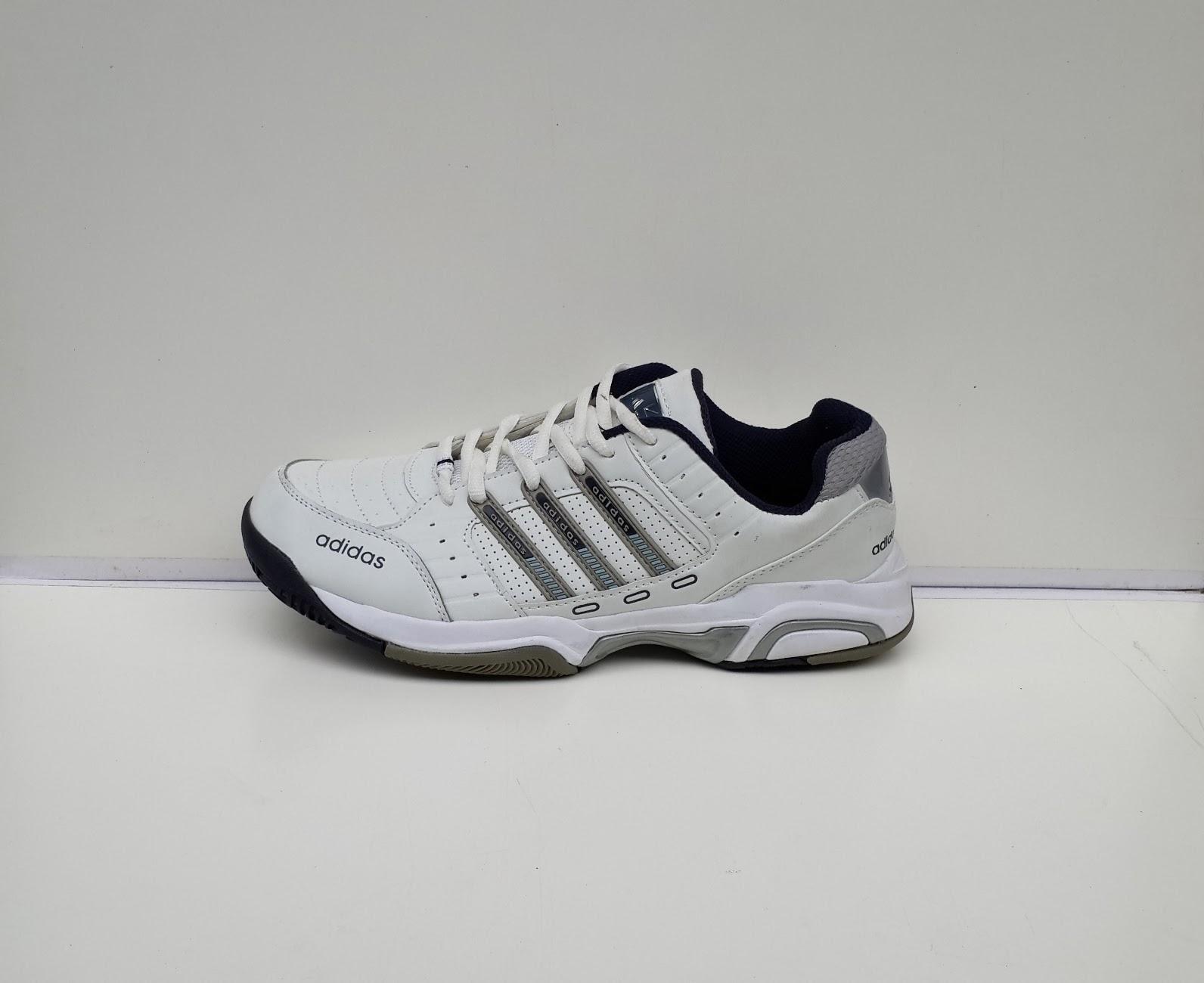 Sepatu Tenis 1953 putih,adidas murah,