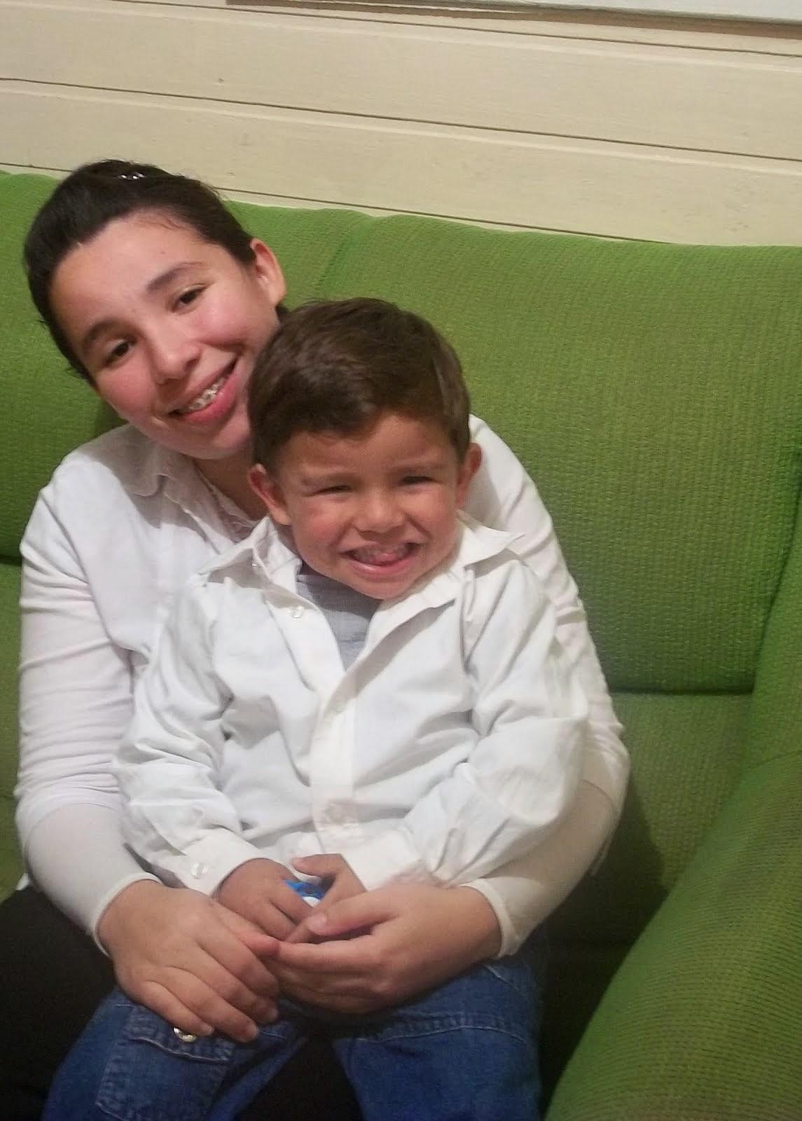 Sua esposa e seu filho Natã
