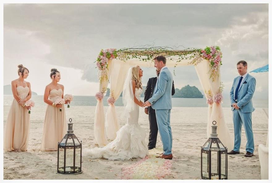Blissful Glamorous Beach Wedding At The Four Seasons