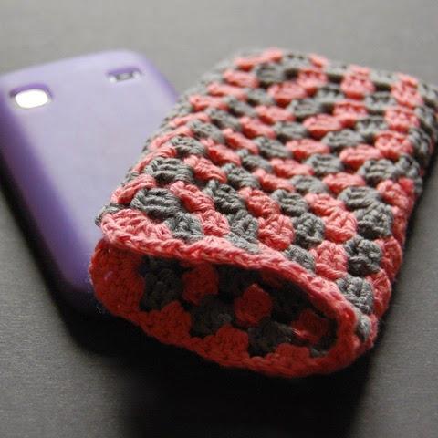 Granny Square phone cosy