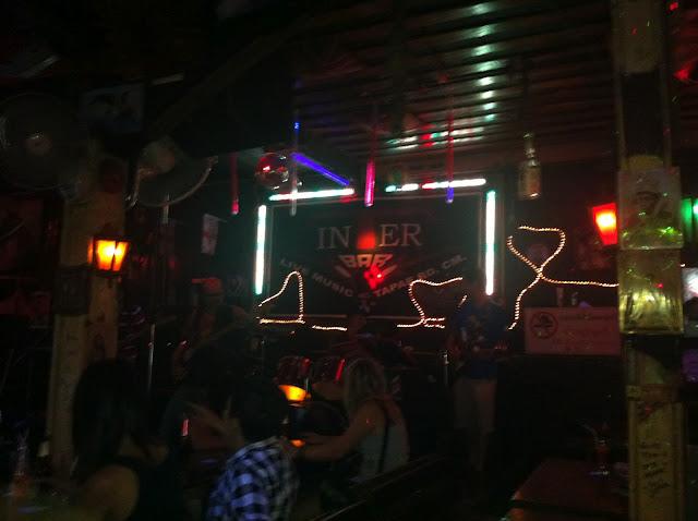 Bar rockero en Chian Mai