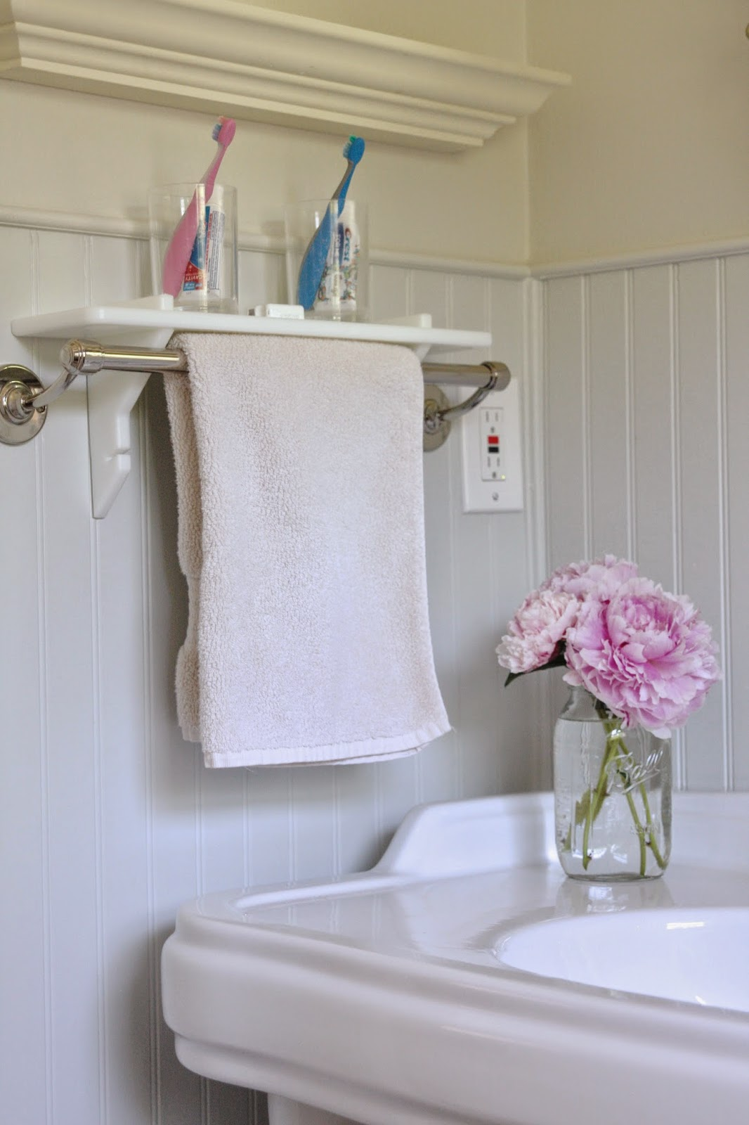 Trend If you have a towel bar in your shower Shower Shelf has a few added features besides being an amazing extra shelf There are openings on the top ends for