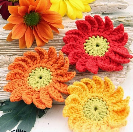 Crochet Marguerite Flowers - Free Pattern