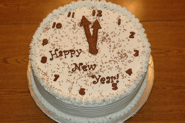 Cake Images New Year : New Year Cakes Ideas: Decorative 2013 New Year Cakes ...