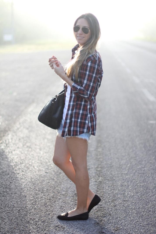 Plaid shirt burgundy colour by fashion blogger